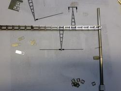 Für die Oberleitungen im Bahnhofbereich habe ich zahlreiche neue Teile fertigen lassen, diese sind nun im Shop ab Lager erhältlich.