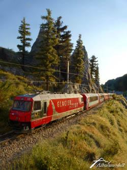 Welch schöner Zug bei prächtigstem Sommerwetter...