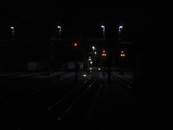 Das erste Bild vom Güterbereich des Bahnhof Thusis. Noch zensiert die Nacht den Blick auf alle Details, in ein paar Tagen ist es jedoch soweit, dass ich weitere Fotos vom fertigen Motiv machen kann.