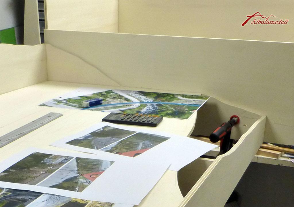 Zusammen mit den Landschaftperspektiven und Höhenkurven aus Karten, konnte ich die  Konturen bereits auf die meisten Module übertragen.