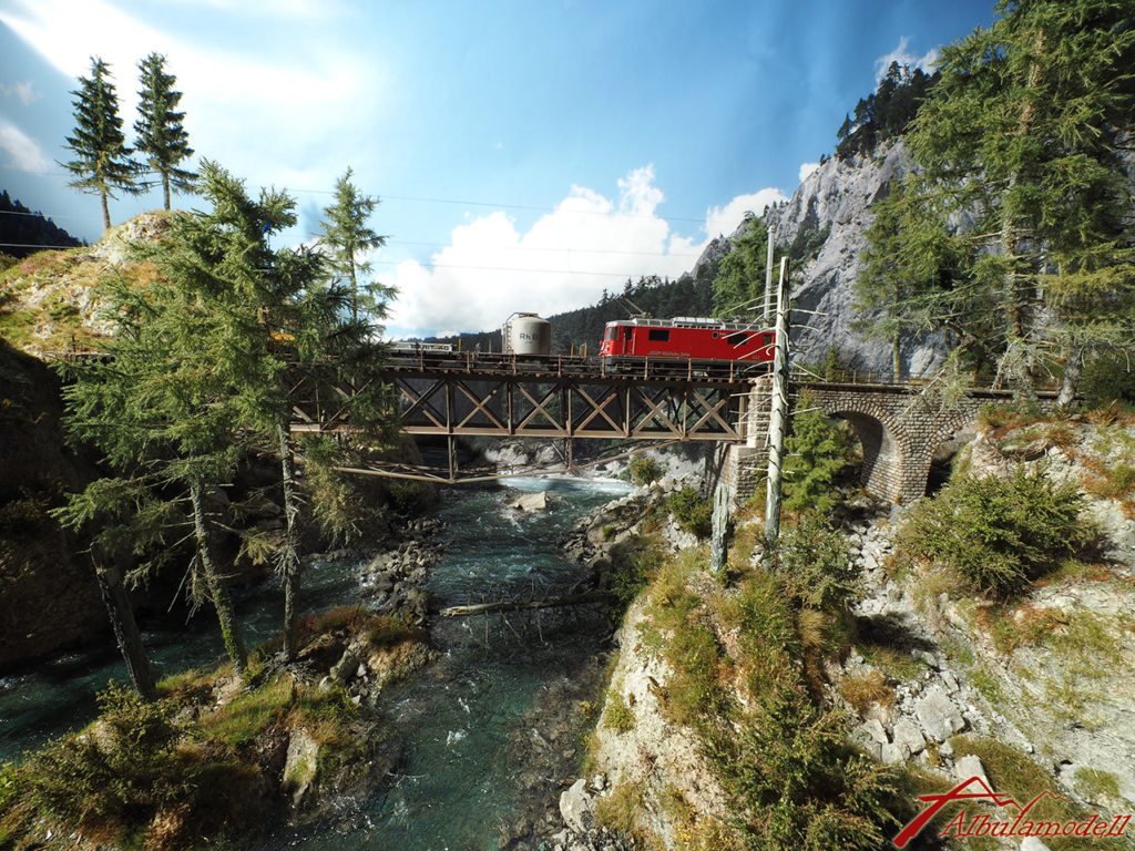 Hinterrheinbrücke